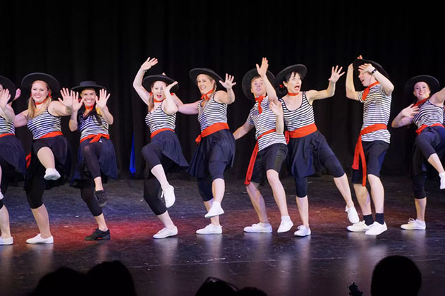 teachers-sailor-dance-2